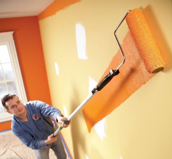 Оранжевата боя за стена