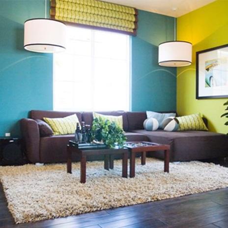 Цветен латекс за красива стая