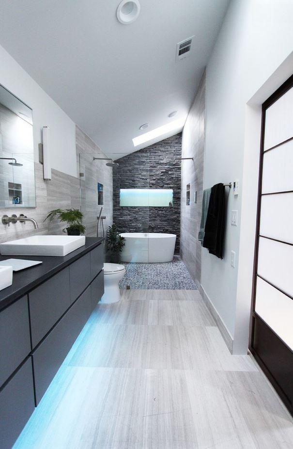 Дишащият латекс в банята