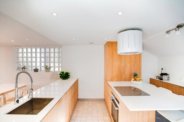 Кухнята с интериорните бои