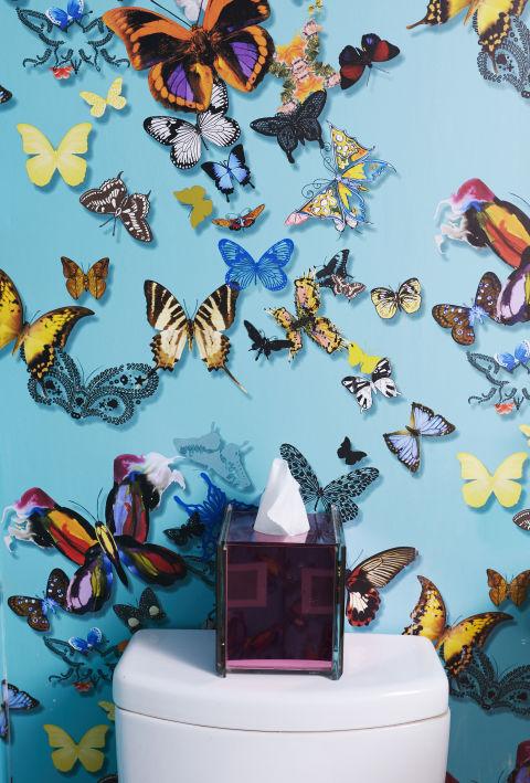 Пеперуди и интериорни бои