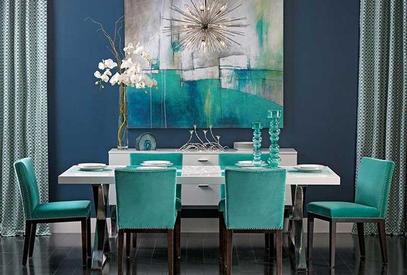 Синята боя за стена