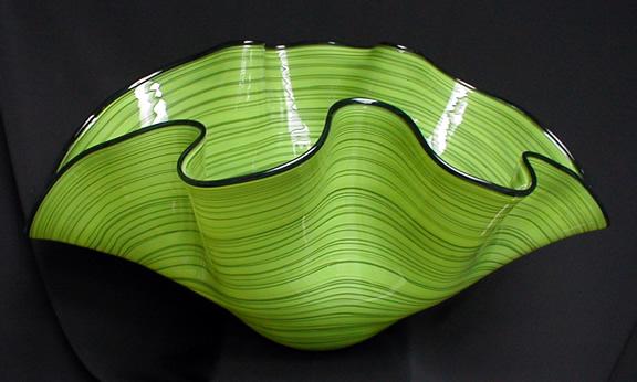 Цветен латекс и зелени аксесоари