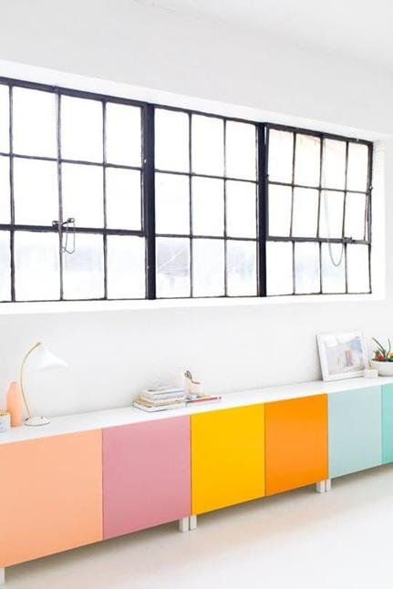 Интериорни бои за цветна стая