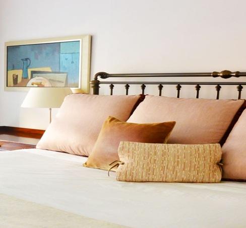 Интериорни бои в спалнята
