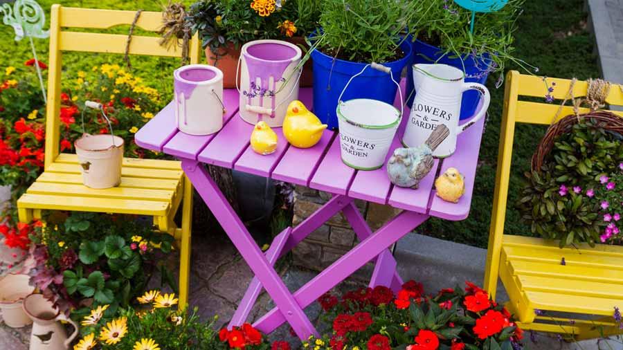 Боядисване на градински мебели